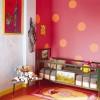Utilizar colores intensos en el dormitorio infantil