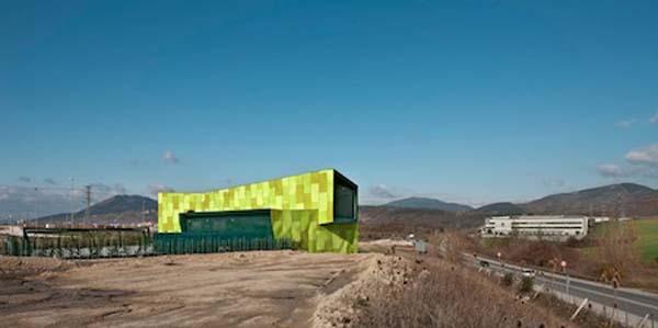 Dise o moderno en edificios industriales decoraci n e for Arquitectura o diseno industrial