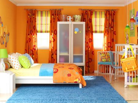 Dormitorio infantil en naranja